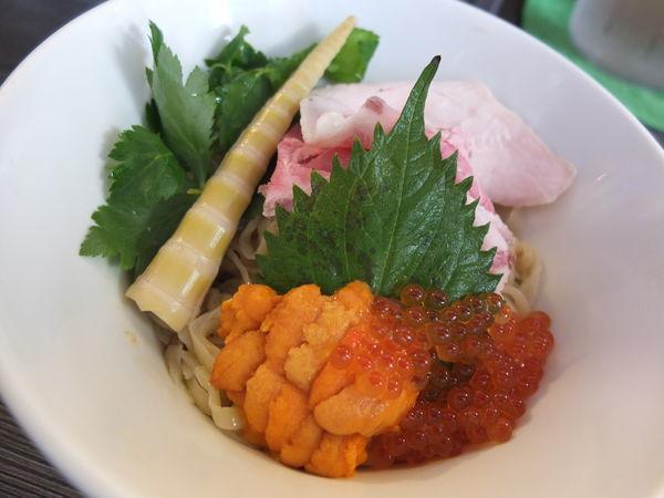 「『限定』北海道産生ウニとイクラのまぜそば」@麺匠えにしの写真