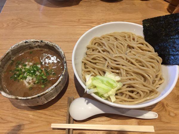 「濃厚つけめん(冷、特盛り)(880円)」@自家製麺ばくばくの写真