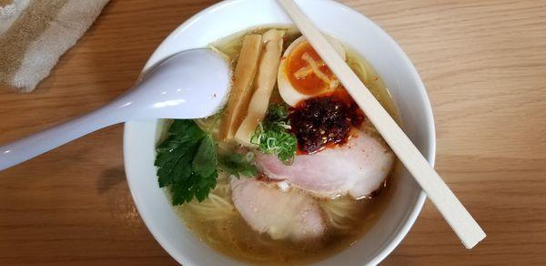 「塩❗柚子鶏辛麺」@らーめんMAIKAGURAの写真