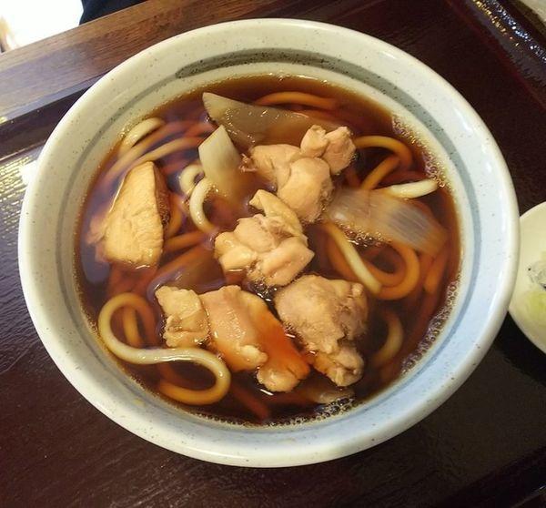 「肉うどん(鶏)700円」@島田屋 本店の写真
