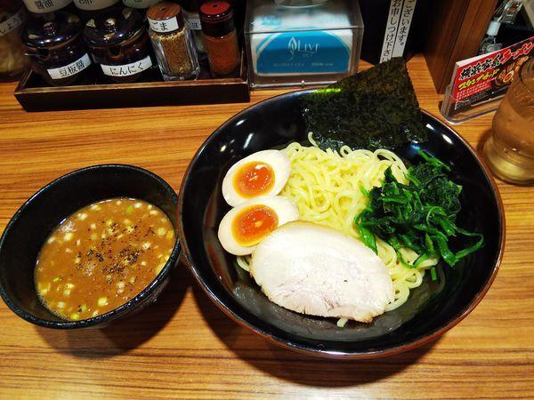 「つけ麺(大)熱盛」@横浜家系ラーメン 壱角家 原宿店の写真
