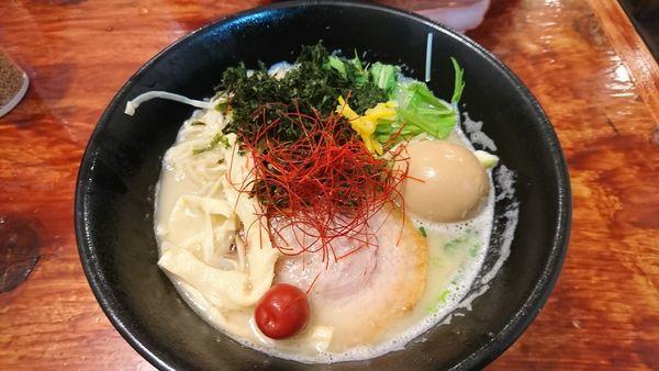 「真鯛濃厚味玉そば ¥900」@麺処 こみねの写真