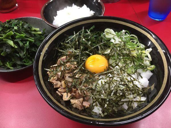 「油そば+青菜ダブル」@家系ラーメン 王道家の写真