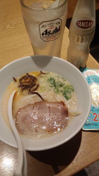 「白丸小ラーメン¥650」@一風堂 浜松町スタンドの写真