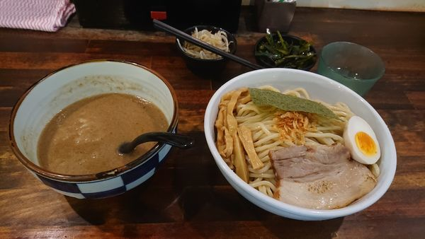 「濃魚つけ麺(醤油・倍盛」@オリオン食堂の写真