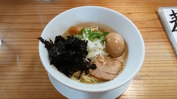 「【夏季限定】冷やし鶏塩+味玉」@麺蔵 あつおの写真