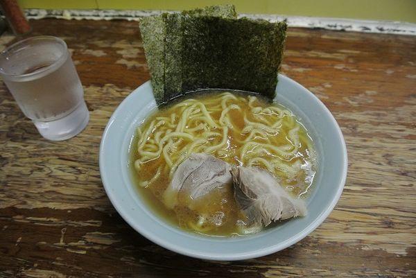 「ラーメン700円 麺硬め」@まこと家の写真