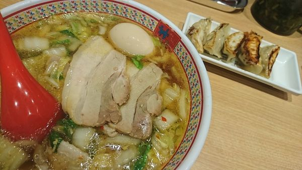 「おいしいラーメン」@どうとんぼり神座 新宿店の写真