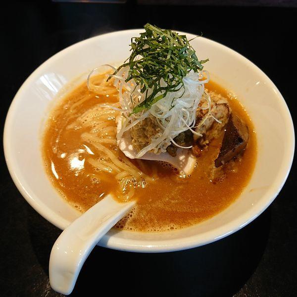 「帆立鶏白湯醤油  @850円」@雨は、やさしく No.2の写真