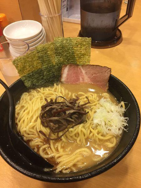 「豚骨鶏白湯ラーメン」@らーめんREの写真