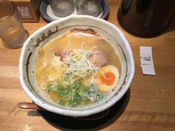 「煮干し香るラーメン」@麺匠 たか松 本店の写真