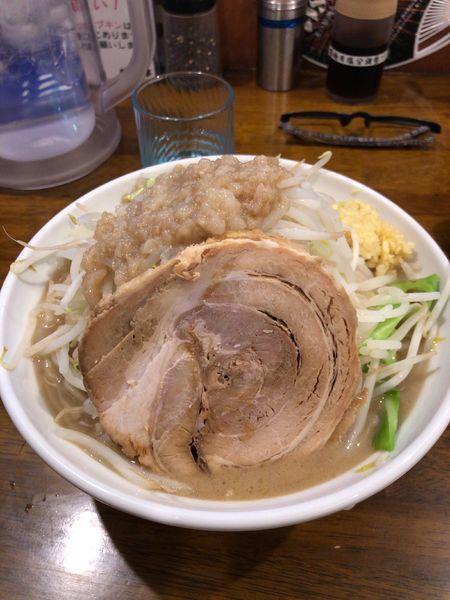 「爆麺大 ヤサイマシ ミゾレマシ ニンニク」@爆麺亭 所沢店の写真