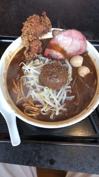 「ガッツリ濃厚黒味噌麺」@丹行味素 北新横浜本店の写真