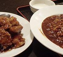 「ジャージャー麺のサービスランチ780円+ 黒酢古老肉」@中国酒家 十年 町田店の写真