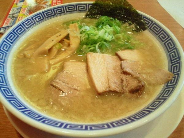 「濃厚豚骨醤油麺 594円」@大志軒 福島泉店の写真