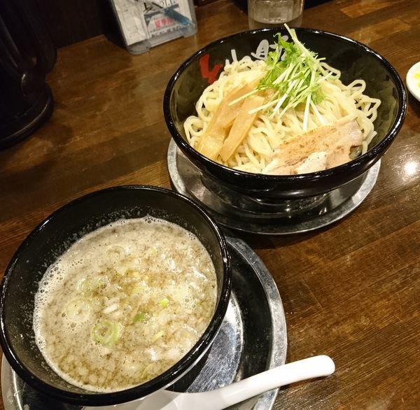 「濃厚鶏つけ麺大盛」@とりの助 上里店の写真
