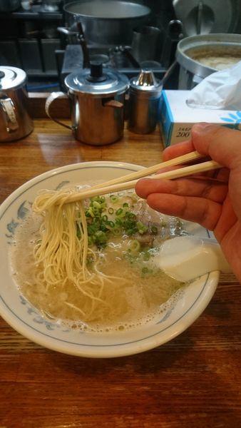 「博多ラーメン(バリカタ) ¥650」@博多ラーメン ばりこての写真