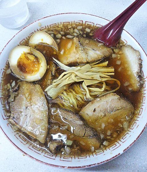 「チャーシュー麺 730円+味付玉子 100円」@ラーメン 天一の写真