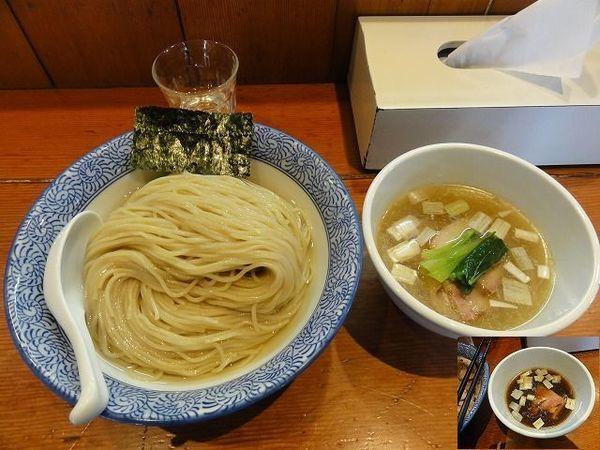 「濃厚昆布水の淡麗つけ麺  大盛」@麺処 ほん田の写真