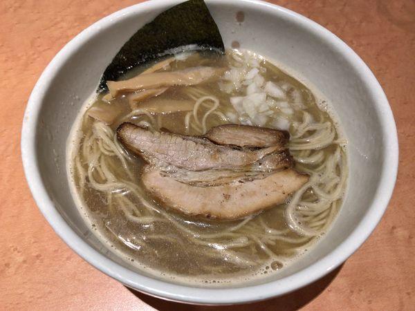 「鶏煮干ラーメン」@麺家 一鶴の写真