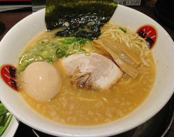 「味玉熟成とんこつラーメン(860円)」@光麺 池袋本店の写真
