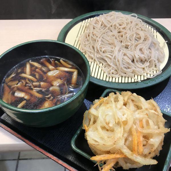 「【季節限定】肉汁きのこ(¥500)+かき揚げ(クーポン)」@ゆで太郎 南青山一丁目店の写真