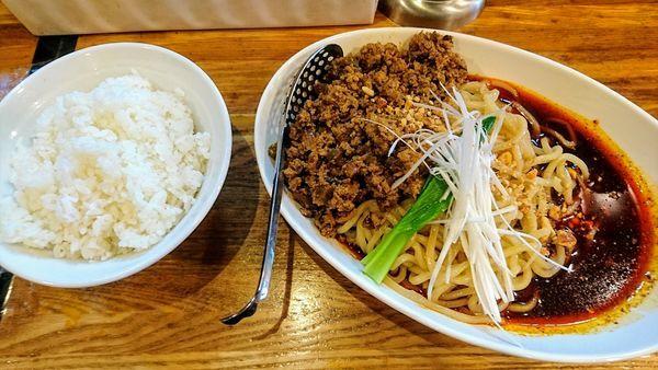 「成都式担々麺+ライス(雨の日サービス)」@Dandan spicy noodlesの写真