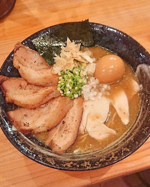 「特製濃厚らぁめん(醤油)」@麺魂 39の写真
