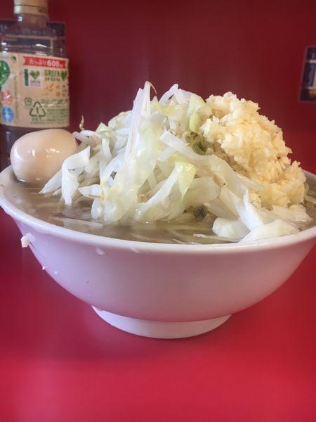 「小ラーメン  味玉  ➕ニンニク」@ラーメン二郎 千住大橋駅前店の写真
