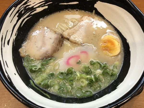 「九州とんこつラーメン」@九州とんこつラーメン ひろ2の写真