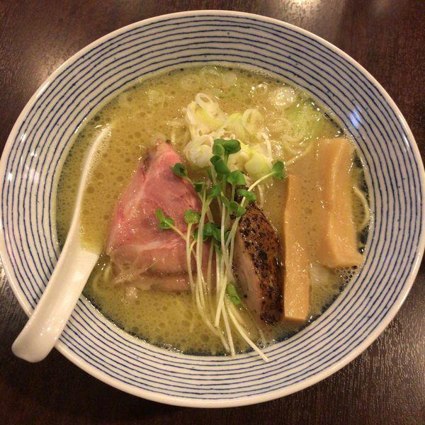 「鶏白湯らーめん 770円」@麺場ニ寅 川越店の写真