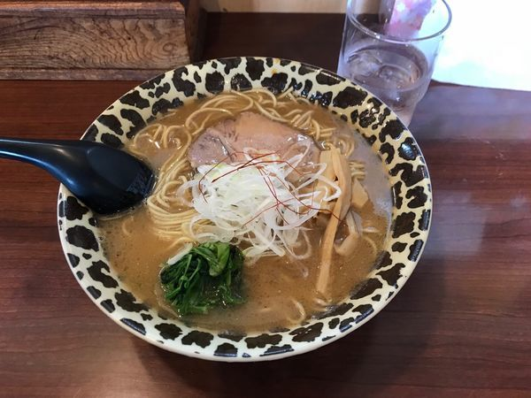 「濃厚鶏白湯あごそば850円+ごはん130円」@そうげんラーメンの写真