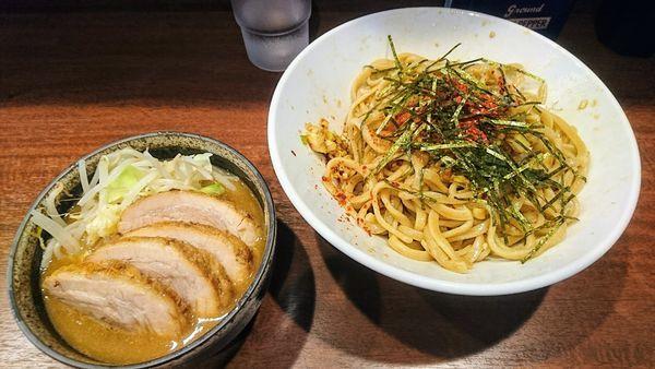 「パタン(ヤサイ少なめ・ニンニク)+豚2枚」@麺屋 づかちゃんの写真