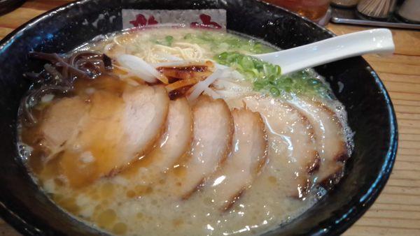 「とんこつ  こく味チャーシュー880円」@ラーメン龍の家 益城インター店の写真