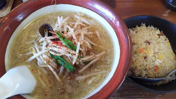 「コクもやしそば¥750+半炒飯¥300」@シバライズの写真