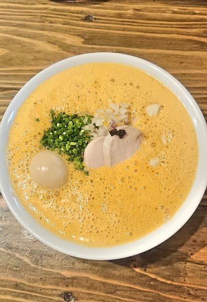 「オマール海老湯 味玉入り」@麺屋はやぶさの写真