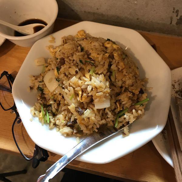 「羊香炒飯(ラム肉とパクチーの炒飯)」@羊香味坊の写真