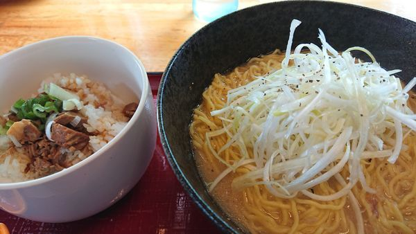 「白湯ラーメン」@優勝軒 鶴ヶ島店の写真