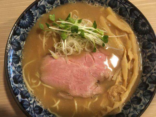 「鶏白湯魚介そば 840円(メンマ+110円)」@麺屋 鶯 uguisuの写真