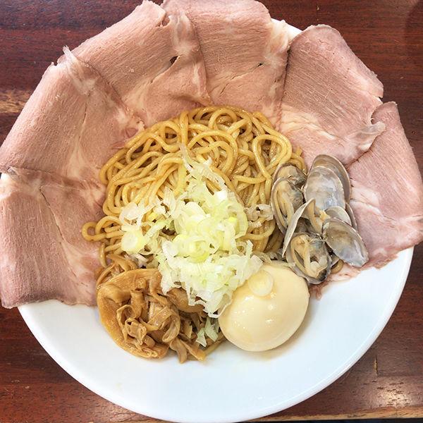 「世麺 貝 1.5玉+チャーシュー増し」@世界が麺で満ちる時の写真
