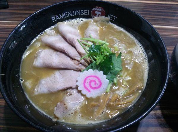 「鶏煮込みチャーシュー」@ラーメン人生 JET 福島本店の写真