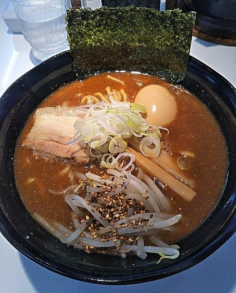 「味玉濃厚味噌ラーメン 830円」@麺屋 久兵衛の写真