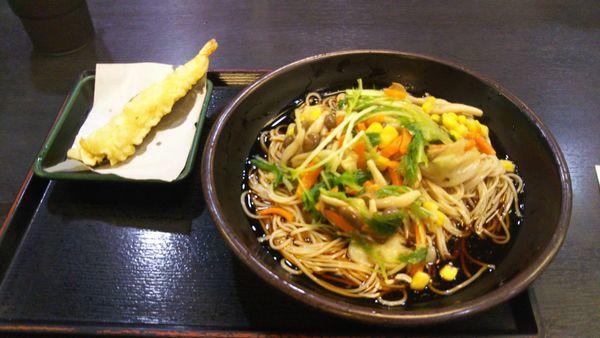 「野菜きのこそば、海老天(クーポン)」@ゆで太郎 代々木東口店の写真