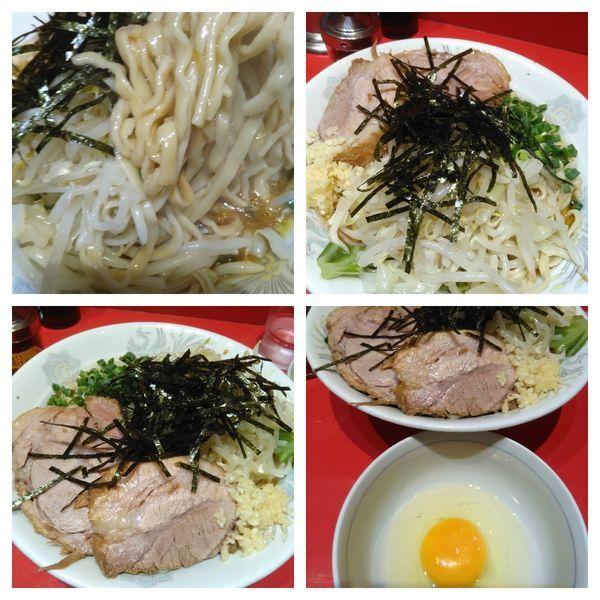 「油そば(ニンニクちょっと)+生卵」@ラーメン二郎 西台駅前店の写真