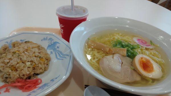 「塩ラーメンセット787円」@ポッポ 大宮宮原店の写真