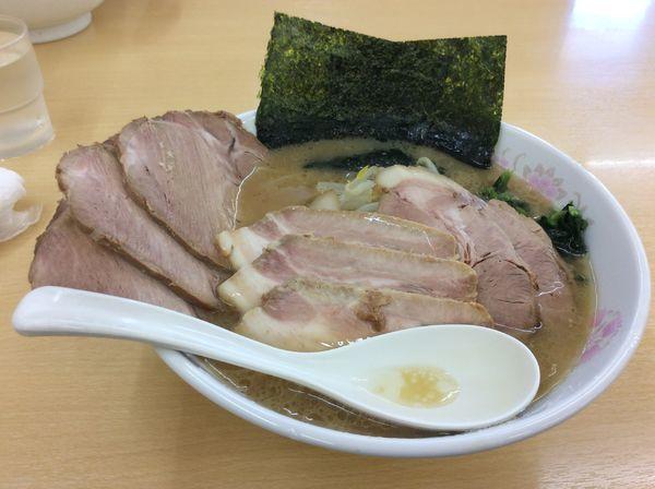 「3種のチャーシュー麺トリプル」@らーめん食堂 正味の写真