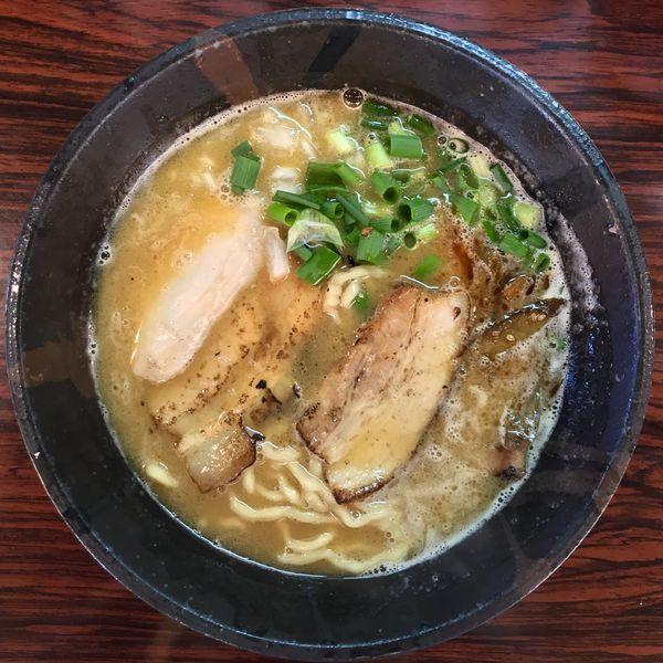 「鶏のせラーメン ¥830円」@麺屋つららの写真