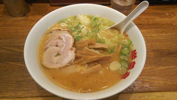 「味噌ラーメン   700円」@游亀亭の写真