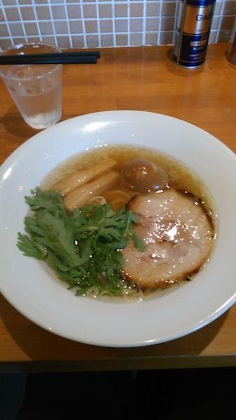 「塩らーめん 800円 ラーパス特典 味玉」@らーめんキッチン いいづかの写真