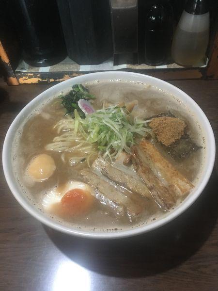「豚骨魚介ラーメン 特盛 ¥1000」@北青山の写真